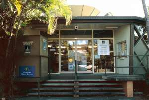 Toowong Municipal Library (former) (1998); Heritage Branch staff