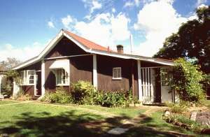Kenilworth Homestead (1998); Heritage Branch staff