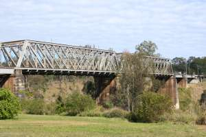 Sadliers Crossing Railway Bridge (2008); Heritage Branch staff