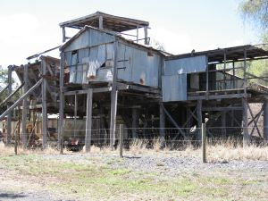Acland No. 2 Colliery (former) (2006); Heritage Branch staff