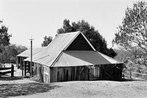 Slab Hut Farm (1991); Heritage Branch staff