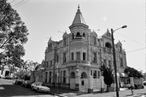 Broadway Hotel (1991); Heritage Branch staff