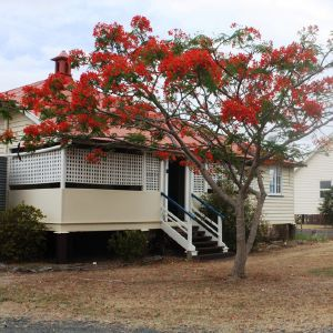 Lake Clarendon State School, residence, from E (2014); Heritage Branch staff; EHP