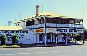 Lockyer Hotel from NE (1992); Heritage Branch
