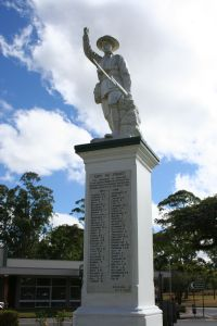 Atherton War Memorial (2011); Heritage Branch staff