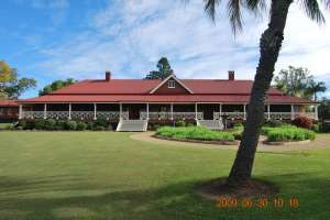 Nindooinbah Homestead (2009); Heritage Branch staff