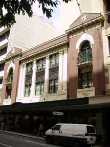 Tattersalls Club - Edward Street frontage (2009); Heritage Branch staff