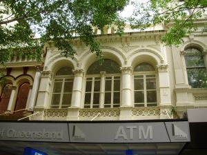 Hardy Brothers, street frontage to Queen St (2009); Heritage Branch staff
