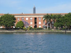 Mactaggarts Woolstore (former) from river (2011); Heritage Branch staff