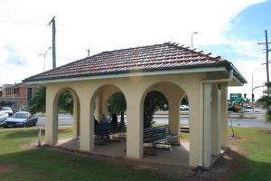 Bundaberg War Nurses Memorial and Park (2009); Heritage Branch staff