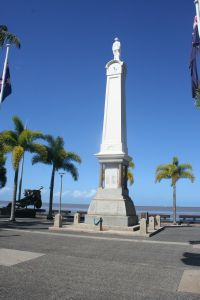 Cairns War Memorial (2013); Heritage Branch staff