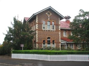 Uniting Church Central Memorial Hall ; Heritage Branch staff
