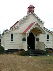 St Annes Anglican Church, Jondaryan ; Heritage Branch staff