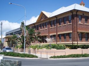 Mackay Court House and Police Station (2009); Heritage Branch staff
