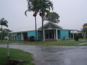 Lt Thomas Armstrong Memorial (2009); Heritage Branch staff