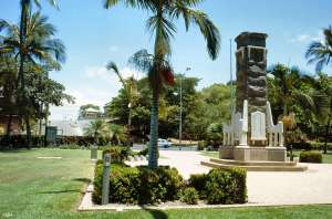 Anzac Memorial Park and adjacent Banyan trees (1994); Heritage Branch staff
