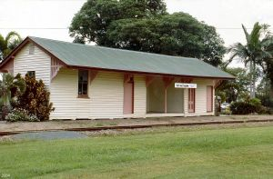 Mirani Railway Station Building (2004); Heritage Branch staff
