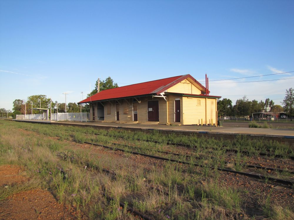 Mitchell Railway Station Environment Land And Water
