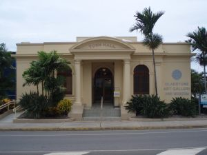 Gladstone Regional Art Gallery and Museum (2009); Heritage Branch staff