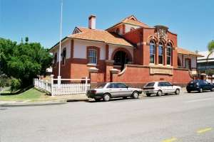 Customs House and Residence (former) (2002); Heritage Branch staff