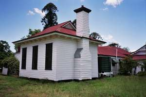 Franklyn Vale Homestead (2005); Heritage Branch staff