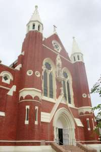 Sacred Heart Cathedral (2007); Heritage Branch staff